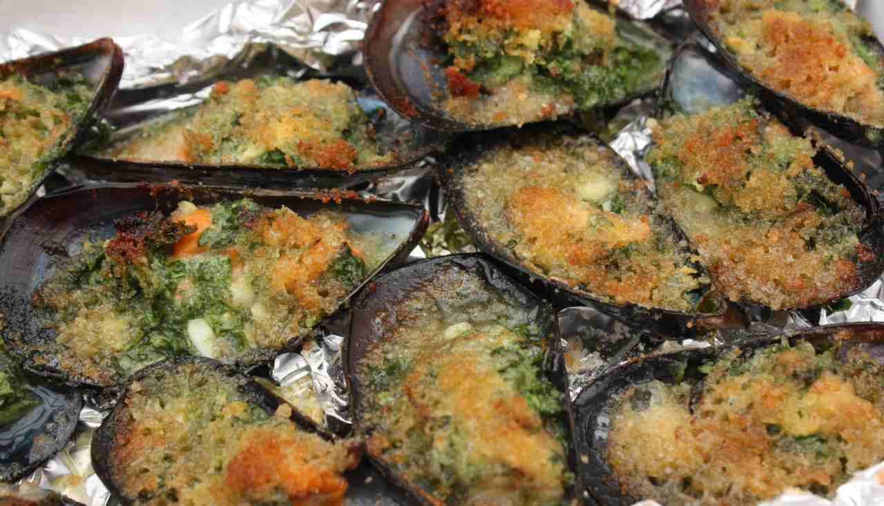 Cozze gratinate alle erbe - ricettasprint