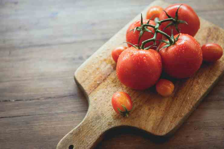 pomodori ripieni natalizi - ricettasprint