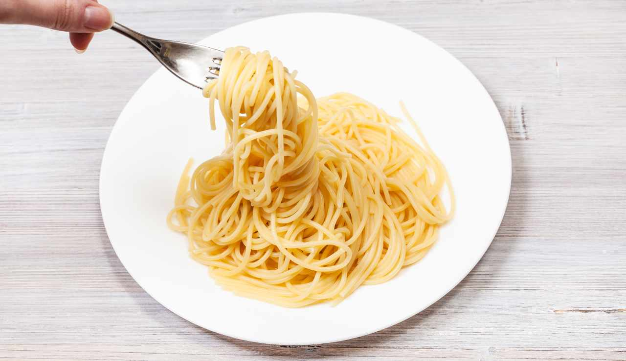 La pasta in bianco fa ingrassare   Tutta la verità sul piatto dietetico - ricettasprint