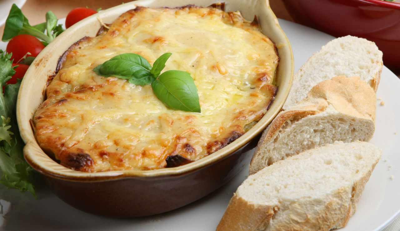 Parmigiana bianca di pane raffermo - ricettasprint