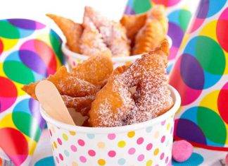 Ravioli fritti dolci di Carnevale - ricettasprint