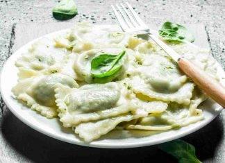 Ravioli ripieni ai broccoli e salsiccia - ricettasprint