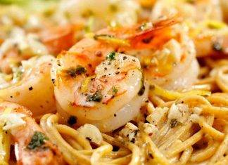 Spaghetti gamberi e melanzane