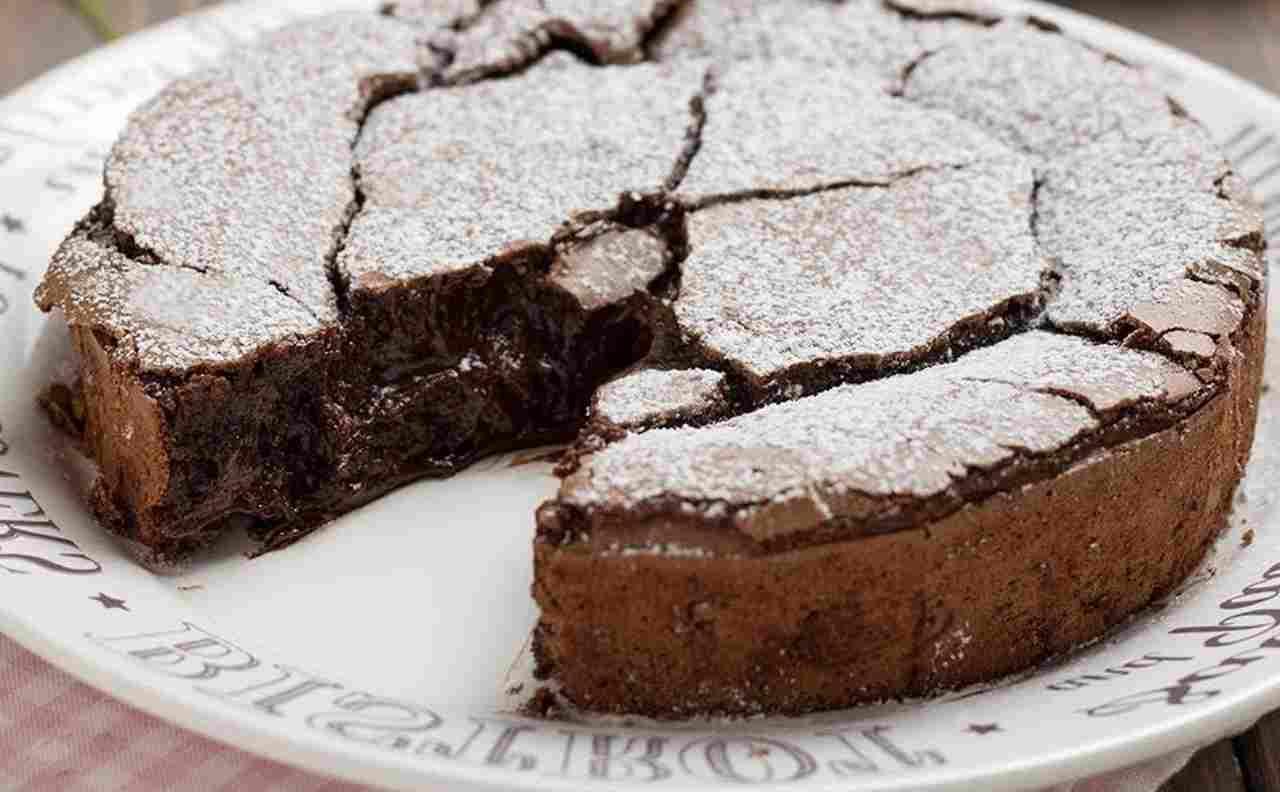 Torta Fondente con Cuore di Cioccolato