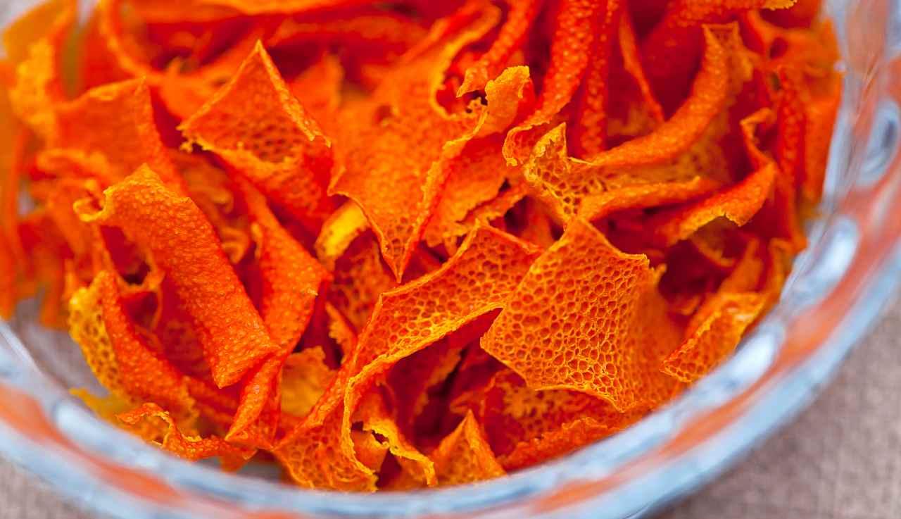 aroma arancia fatto in casa - ricettasprint(1)