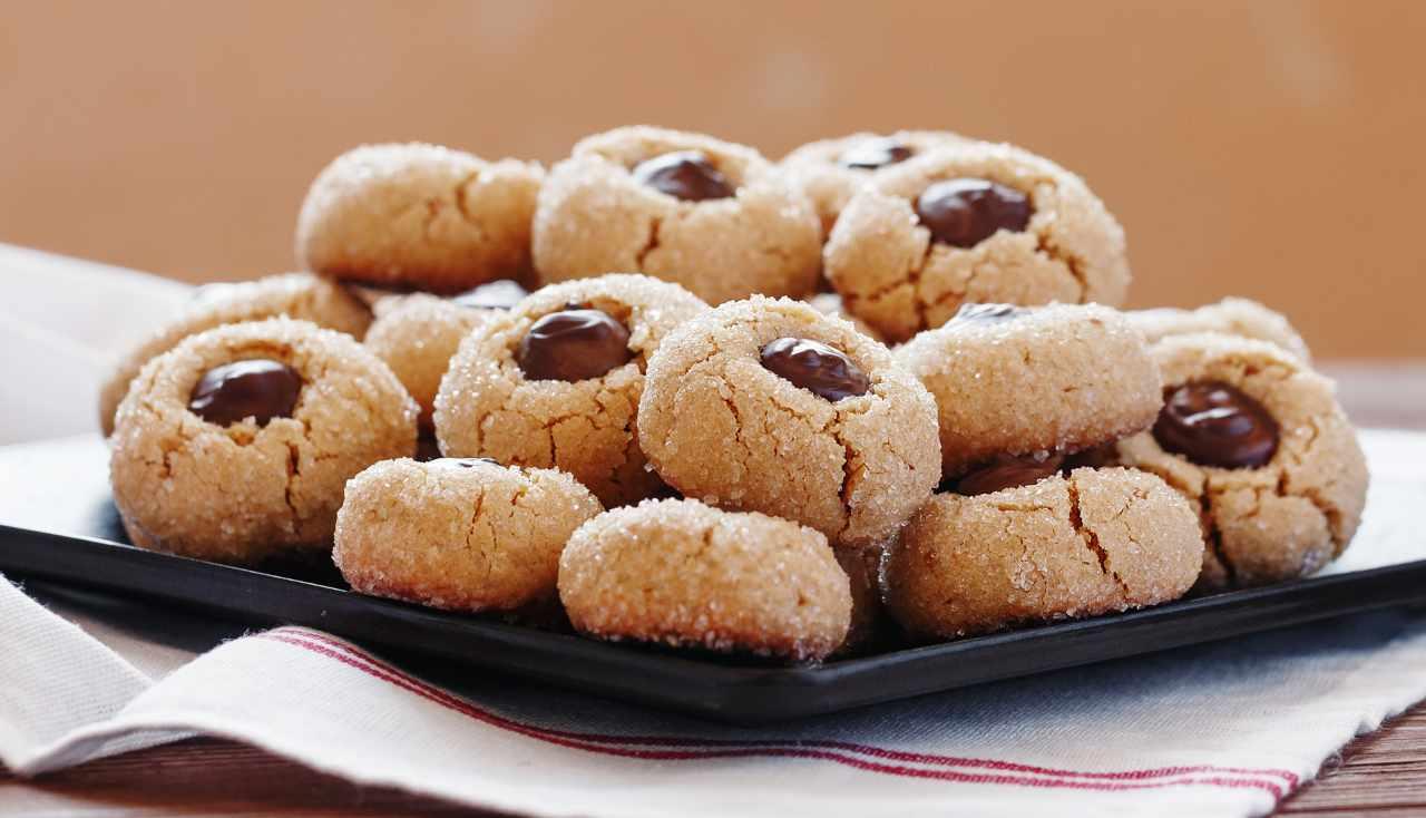 biscotti morbidi mandorle e nutella - ricettasprint