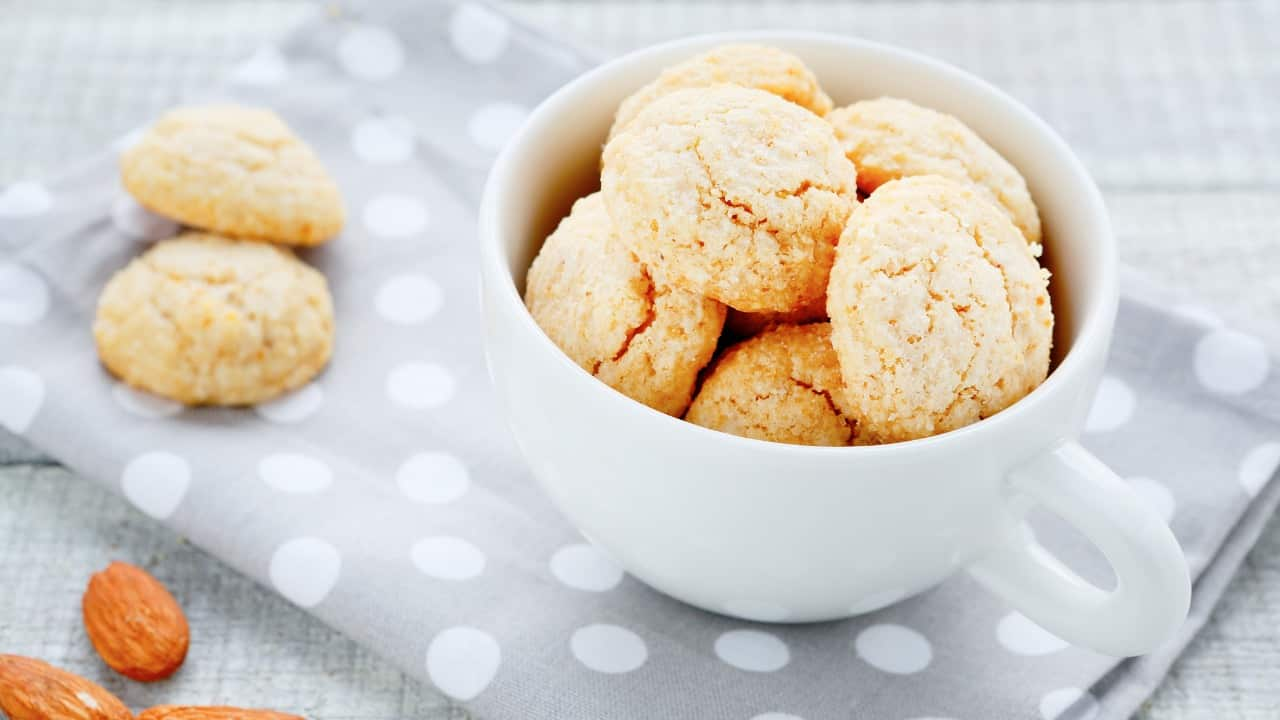 Biscotti mandorle e cannella