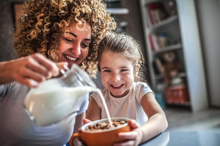 latte migliore per bambini ecco quale scegliere - ricettasprint