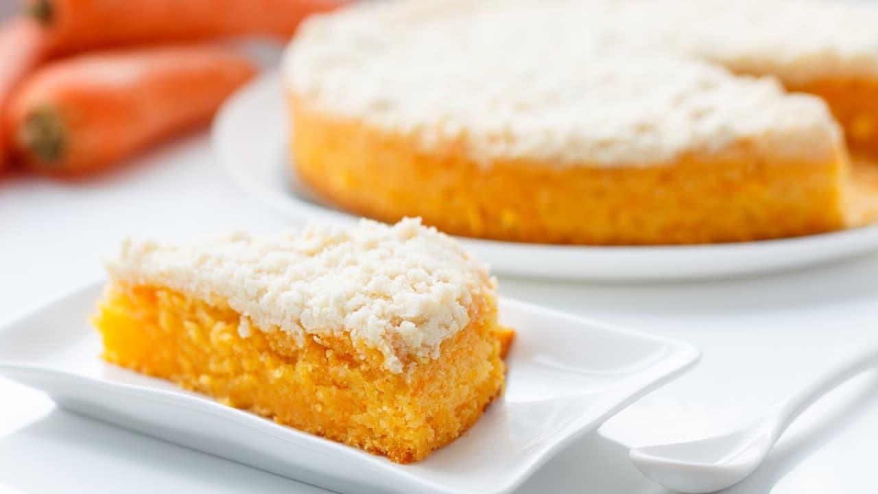 Torta carote e yogurt greco