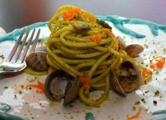 spaghetti con pistacchio e vongole - ricettasprint