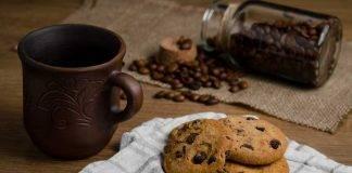 Biscotti facili al cucchiaio con cioccolato - ricettasprint