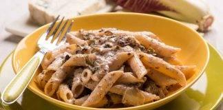 Pasta con radicchio speck e fontina - ricettasprint