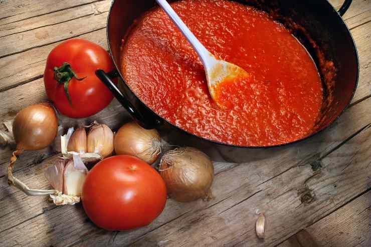 Penne rigate alla pizzaiola - ricettasprint
