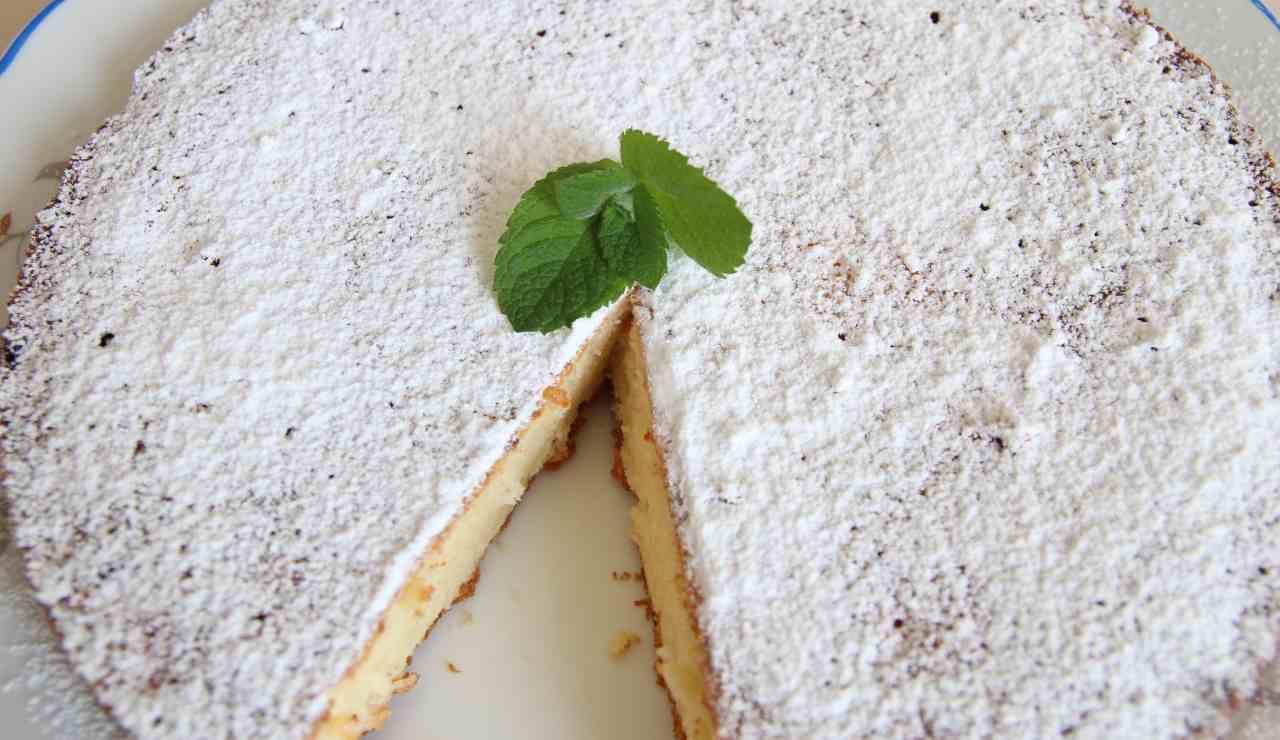 Torta senza lievito al cioccolato bianco - ricettasprint