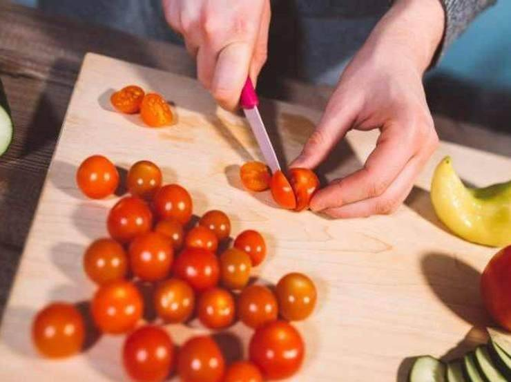 Congilio in umido con pomodorini e finocchietto FOTO ricettasprint
