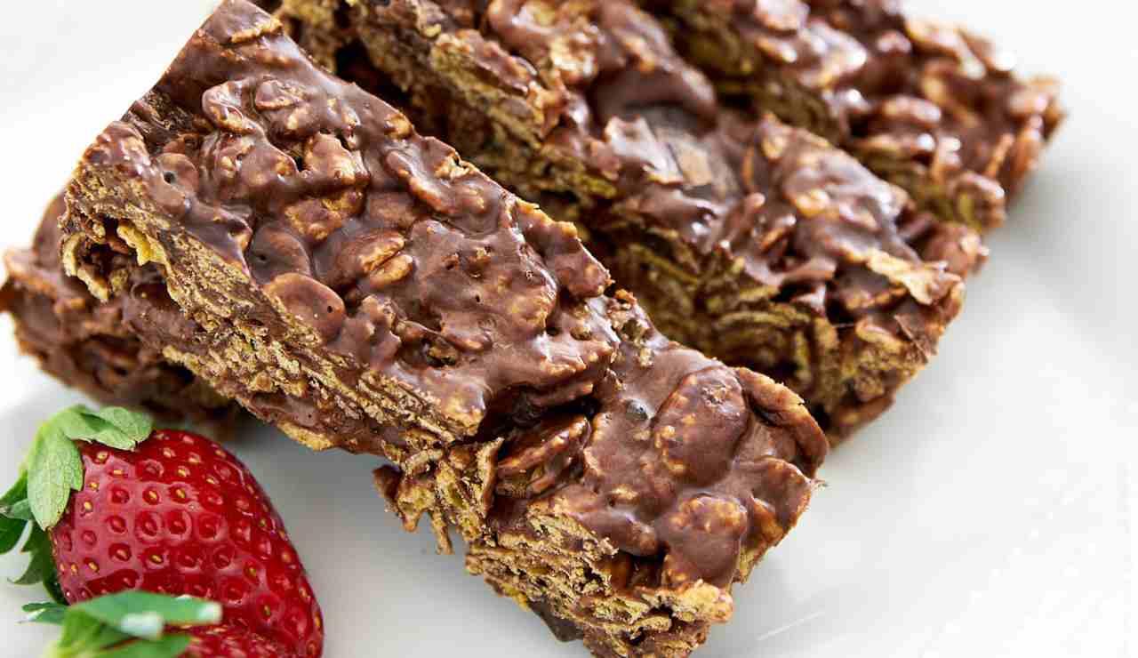 barrette al cioccolato e cornflakes - ricettasprint