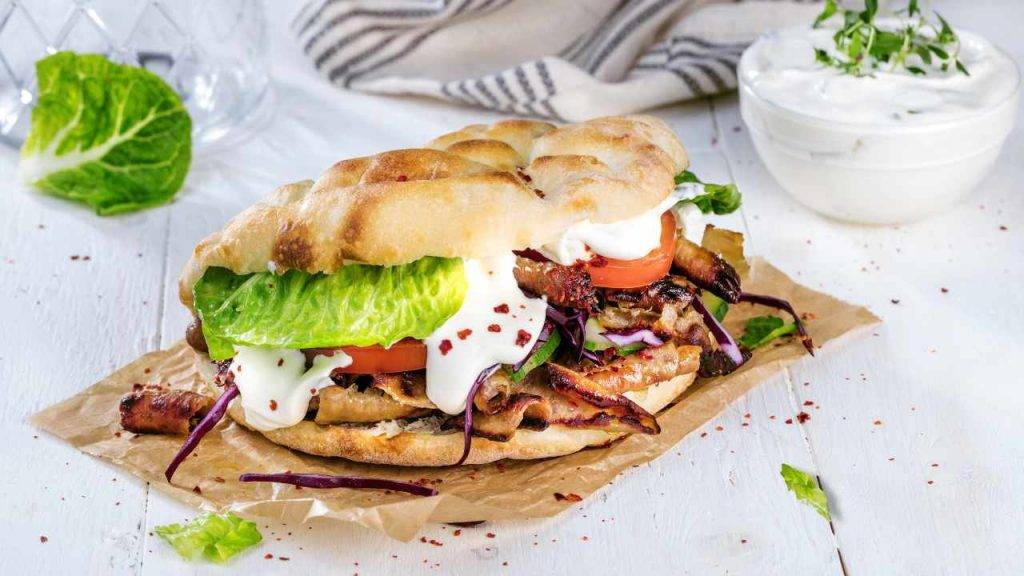 kebab con agnello e yogurt - ricettasprint