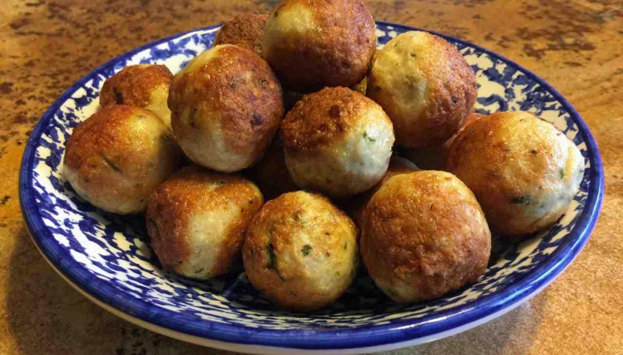 Polpette di pollo e pane in cassetta - ricettasprint