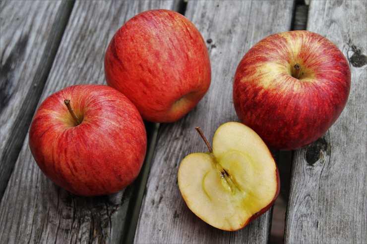 Biscotti cuore di mela fatti in casa ricettasprint
