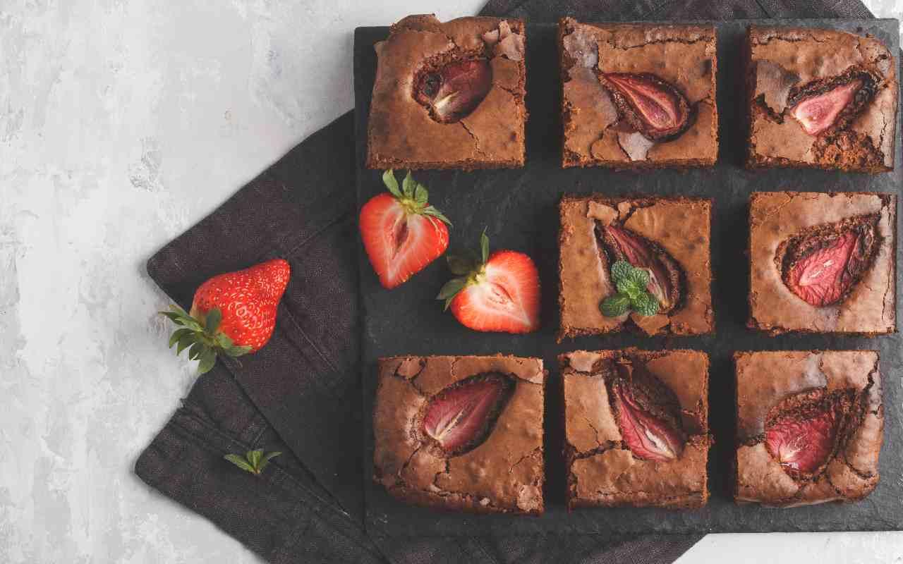 Brownies alle fragole FOTO ricettasprint