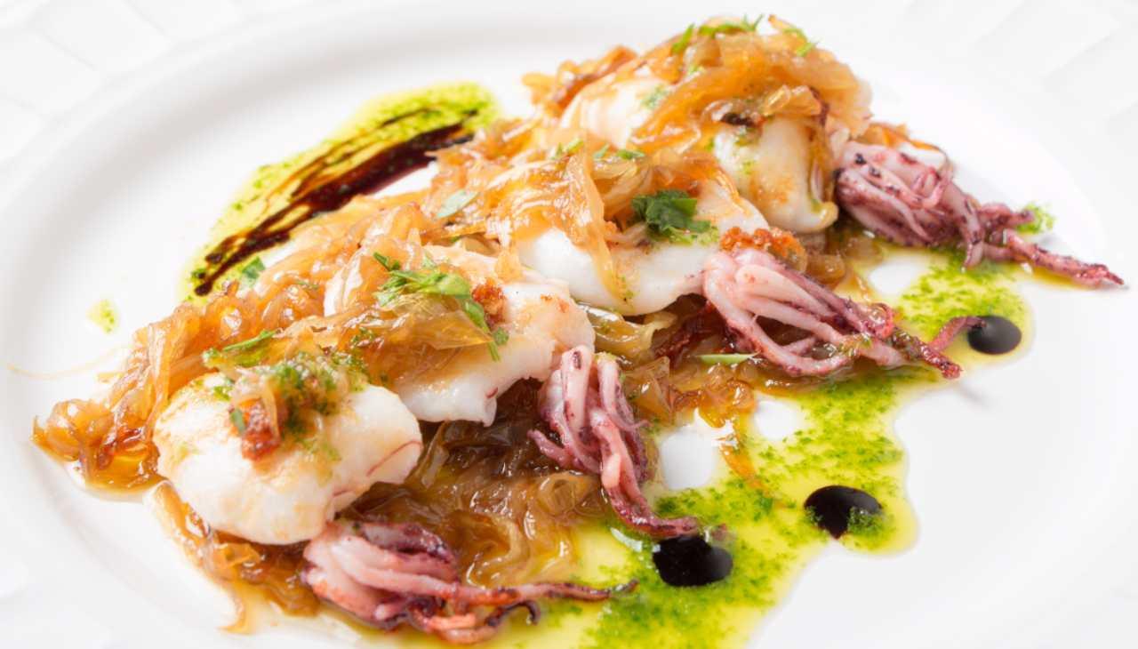 Calamari alle cipolla caramellate - ricettasprint