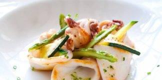 Calamari con zucchine e asparagi al profumo d'arancia e limone - ricettasprint