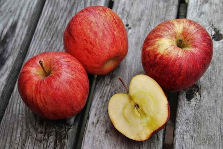 Caprese bianca mele e limone FOTO ricettasprint
