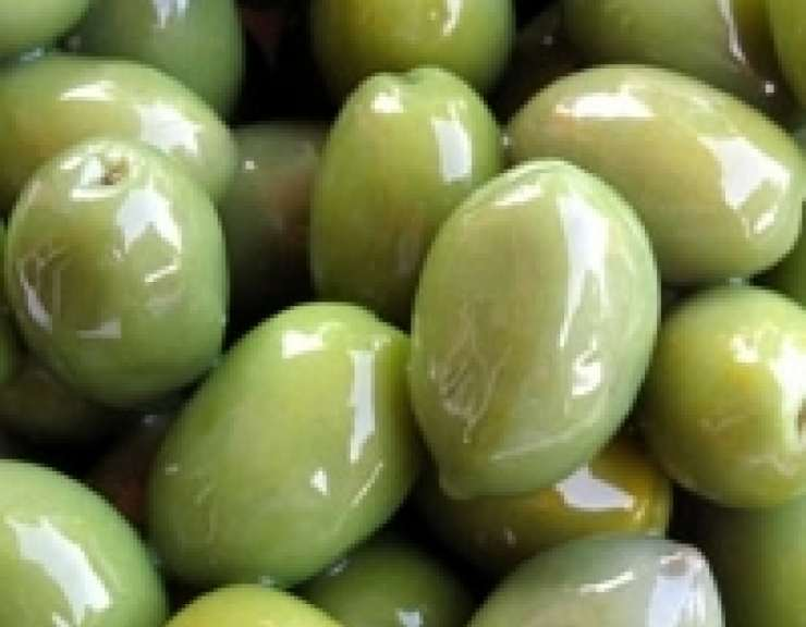 Linguine olive acciughe sedano e pomodorini ricettasprint