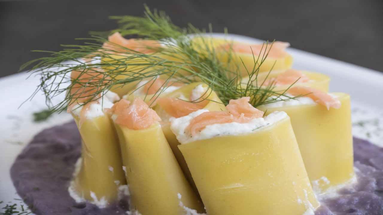 Paccheri ripieni con salmone e ricotta
