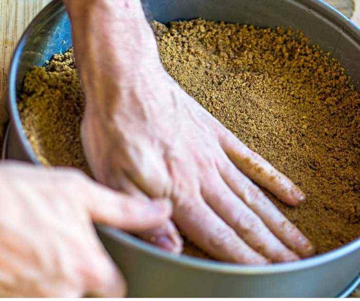 Torta fredda al cornetto senza cottura - ricettasprint (1)