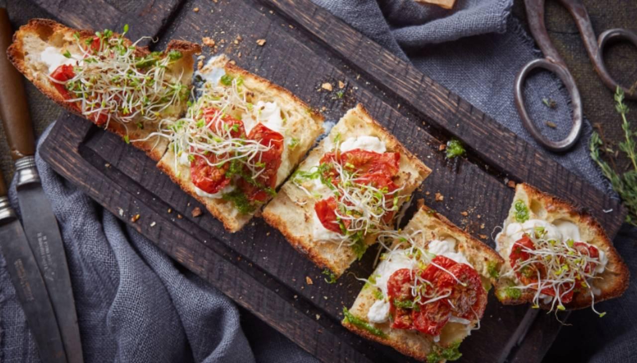 Bruschette verdure alici e stracciatella - ricettasprint