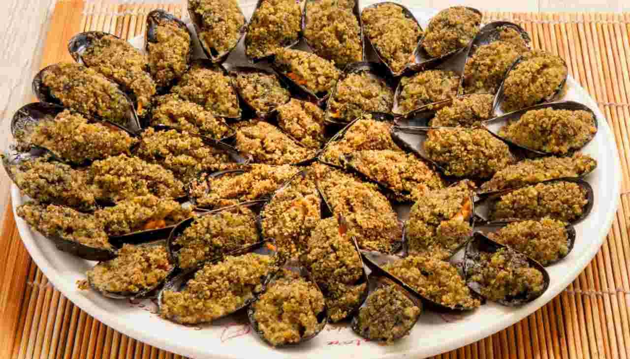 Cozze gratinate con paprika - ricettasprint