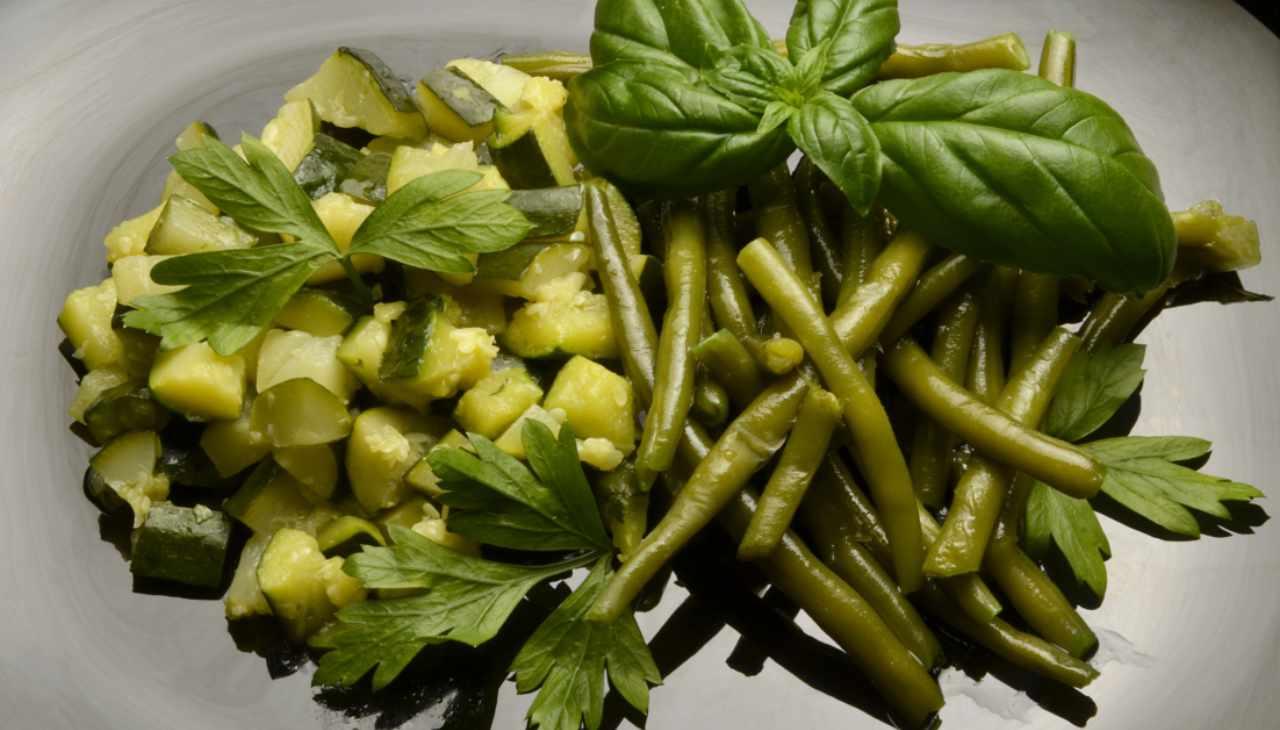 Fagiolini e zucchine al rosmarino - ricetta sprint