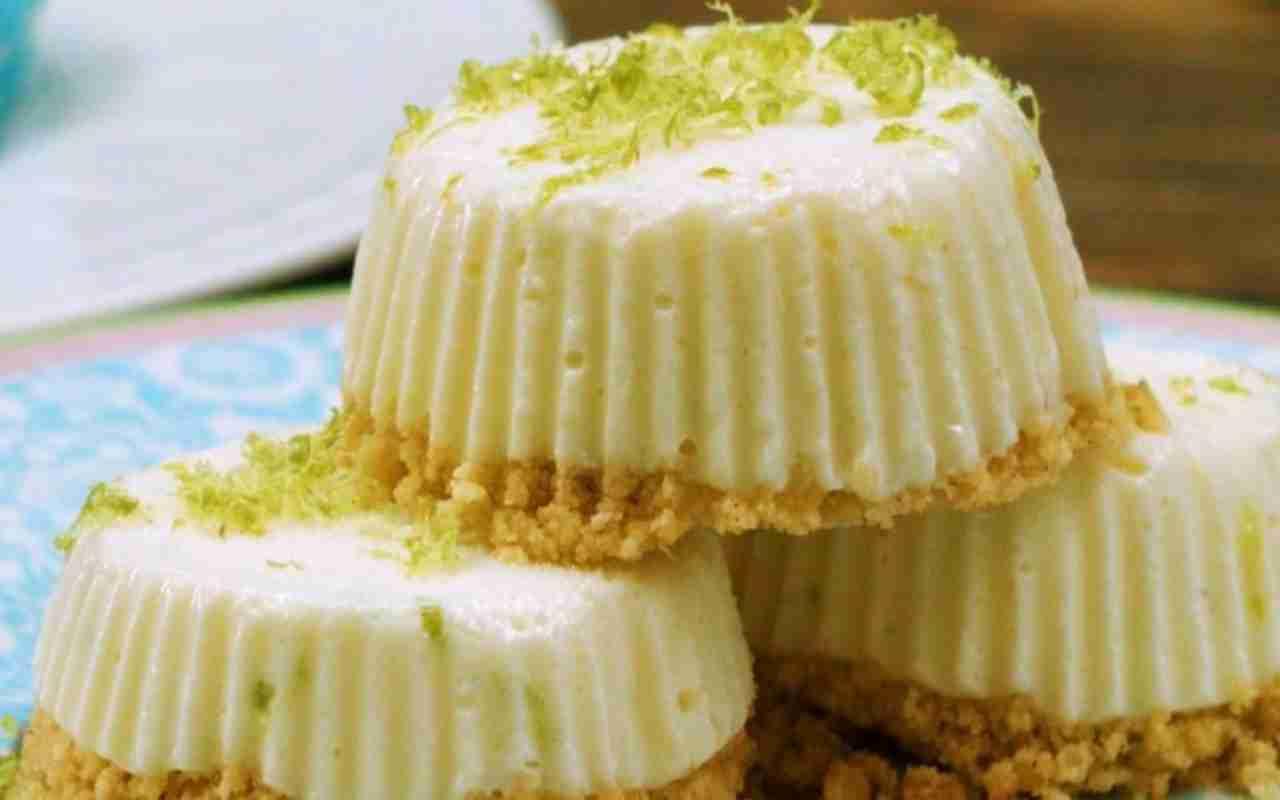 Mini cheesecake con ricotta mandorle e lime FOTO ricettasprint