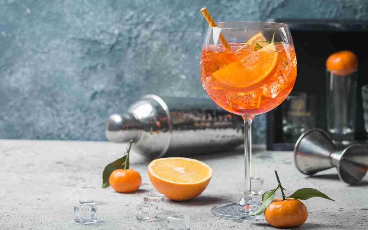 Ricetta Spritz A Casa.Spritz Aperol Come Preparare L Aperitivo Fatto In Casa