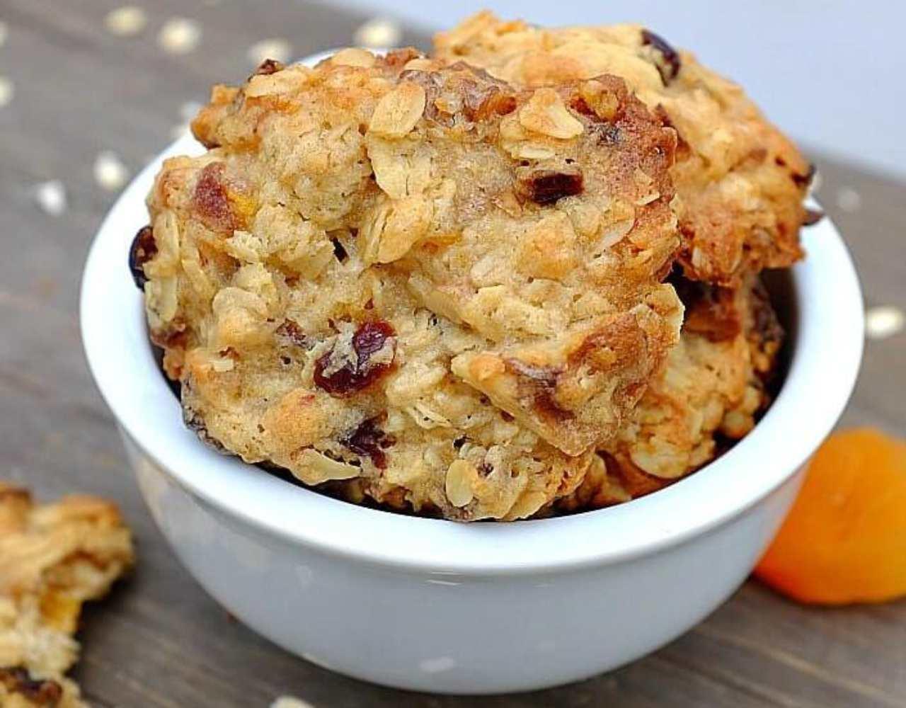 Biscotti alle albicocche e fichi FOTO ricettasprint