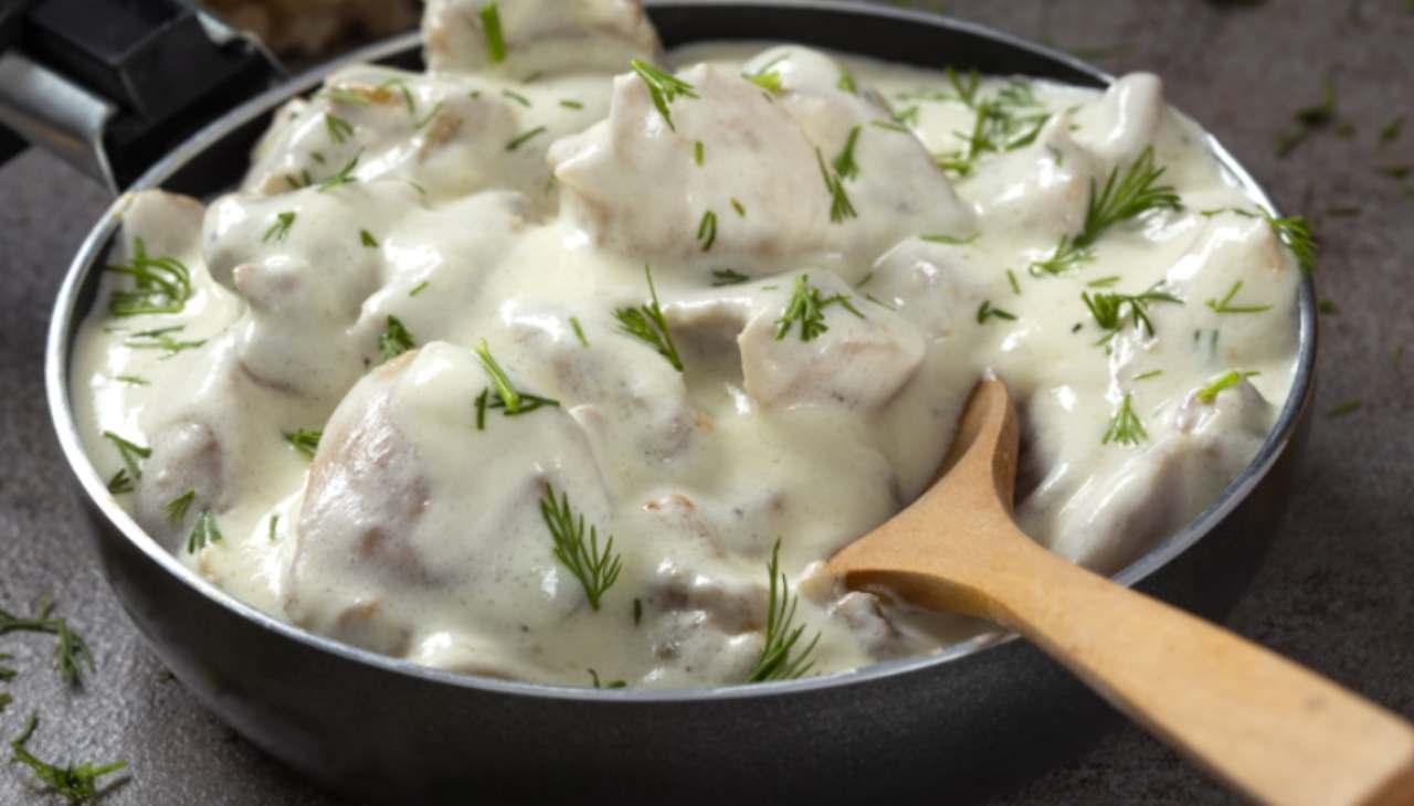 Bocconcini di pollo in crema - ricetta sprint