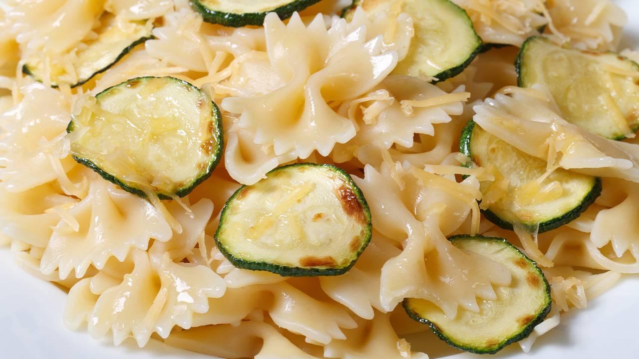 Farfalle con zucchine con philadelphia col Bimby