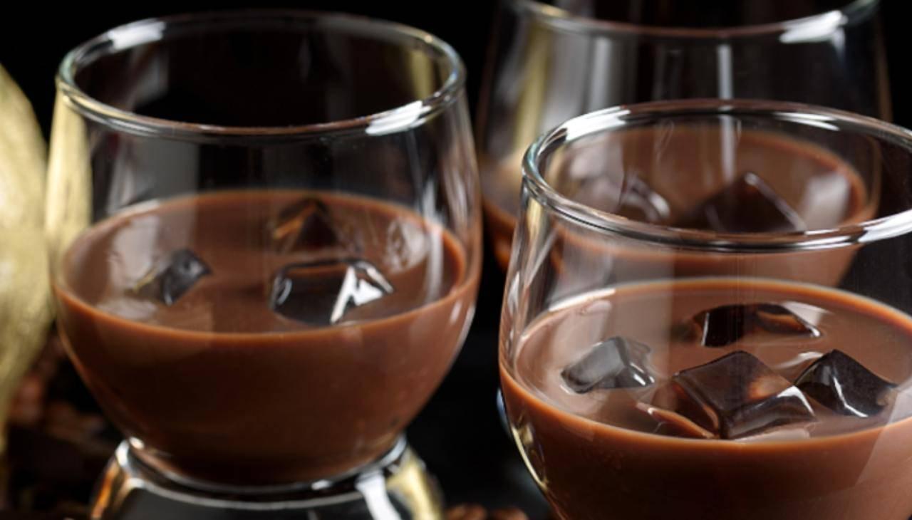 Liquore al cioccolato fondente - ricettasprint
