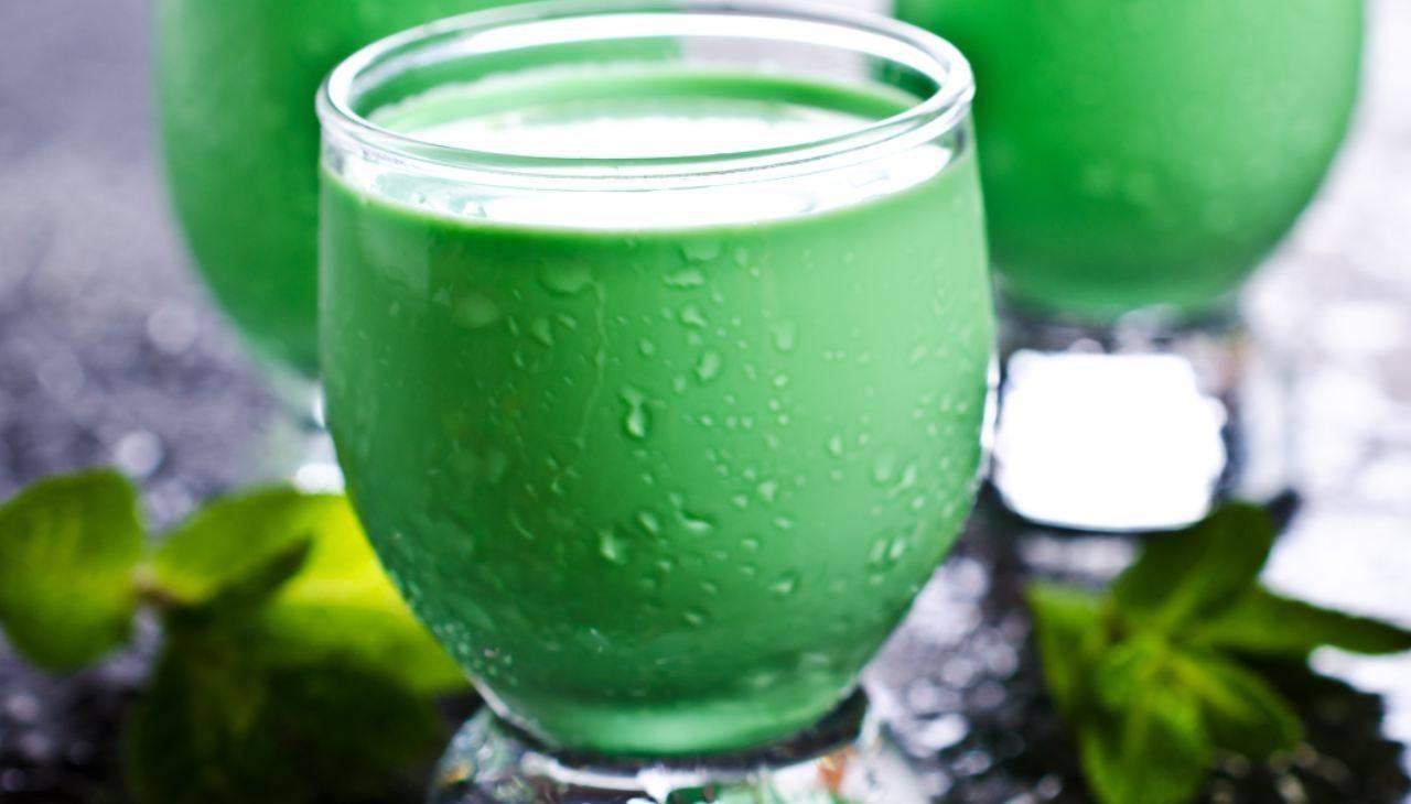 Liquore alla menta e latta - ricettasprint