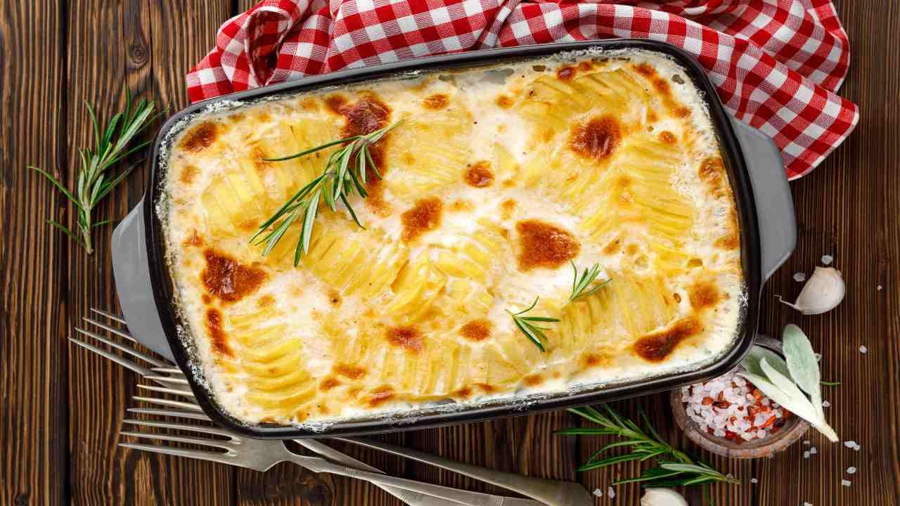 Parmigiana di patate con formaggi