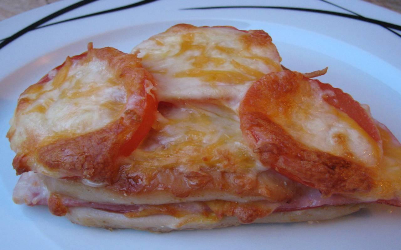 Petto di pollo al pomodoro e formaggio FOTO ricettasprint