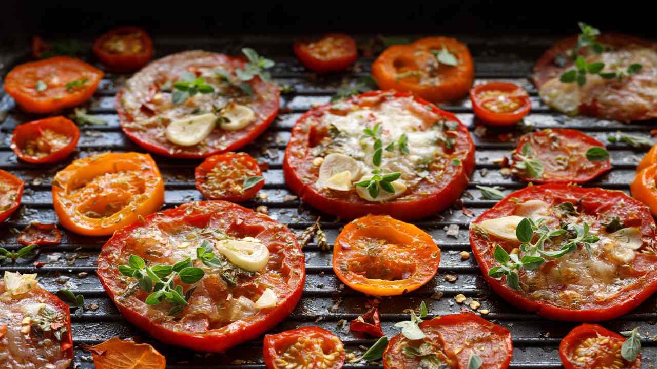 Pomodori grigliati con formaggio