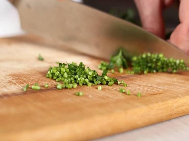Pomodorini sott'olio con erbe aromatiche