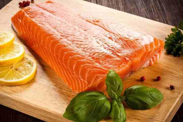 Salmone alla mediterranea FOTO ricettasprint