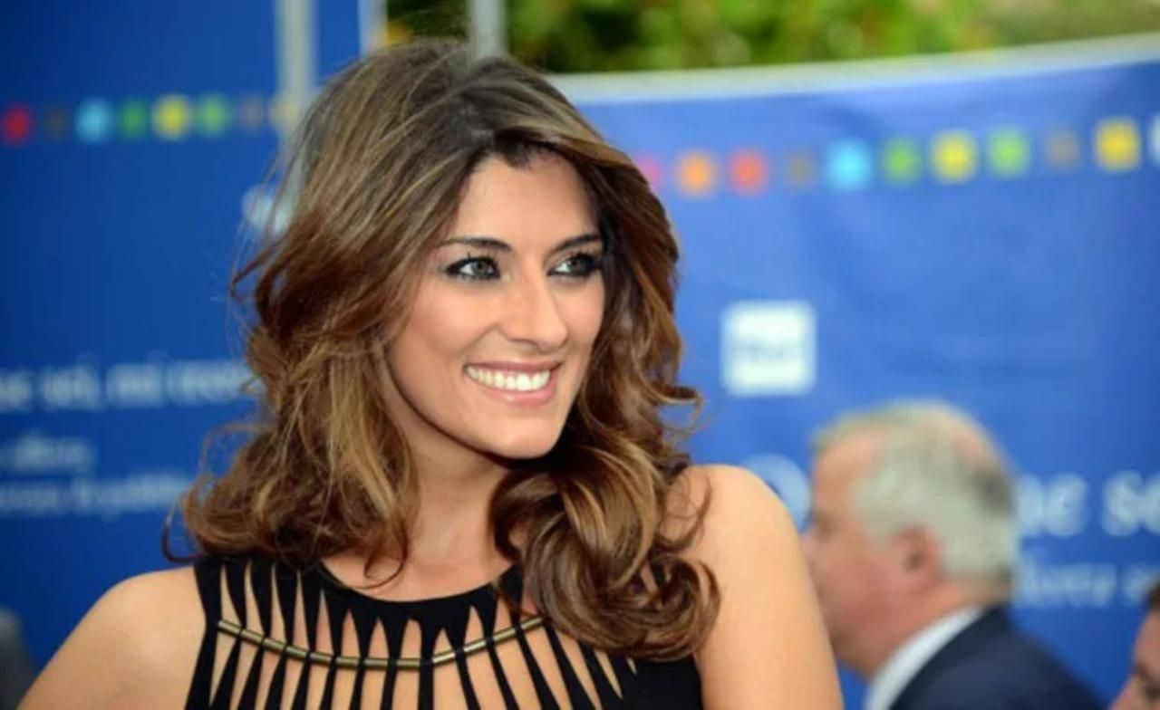 Elisa Isoardi appello accorato ad Antonella Clerici