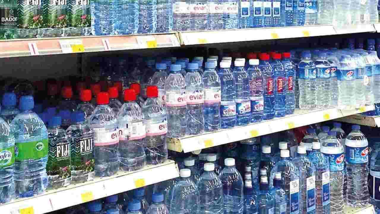 acqua evian pesticidi