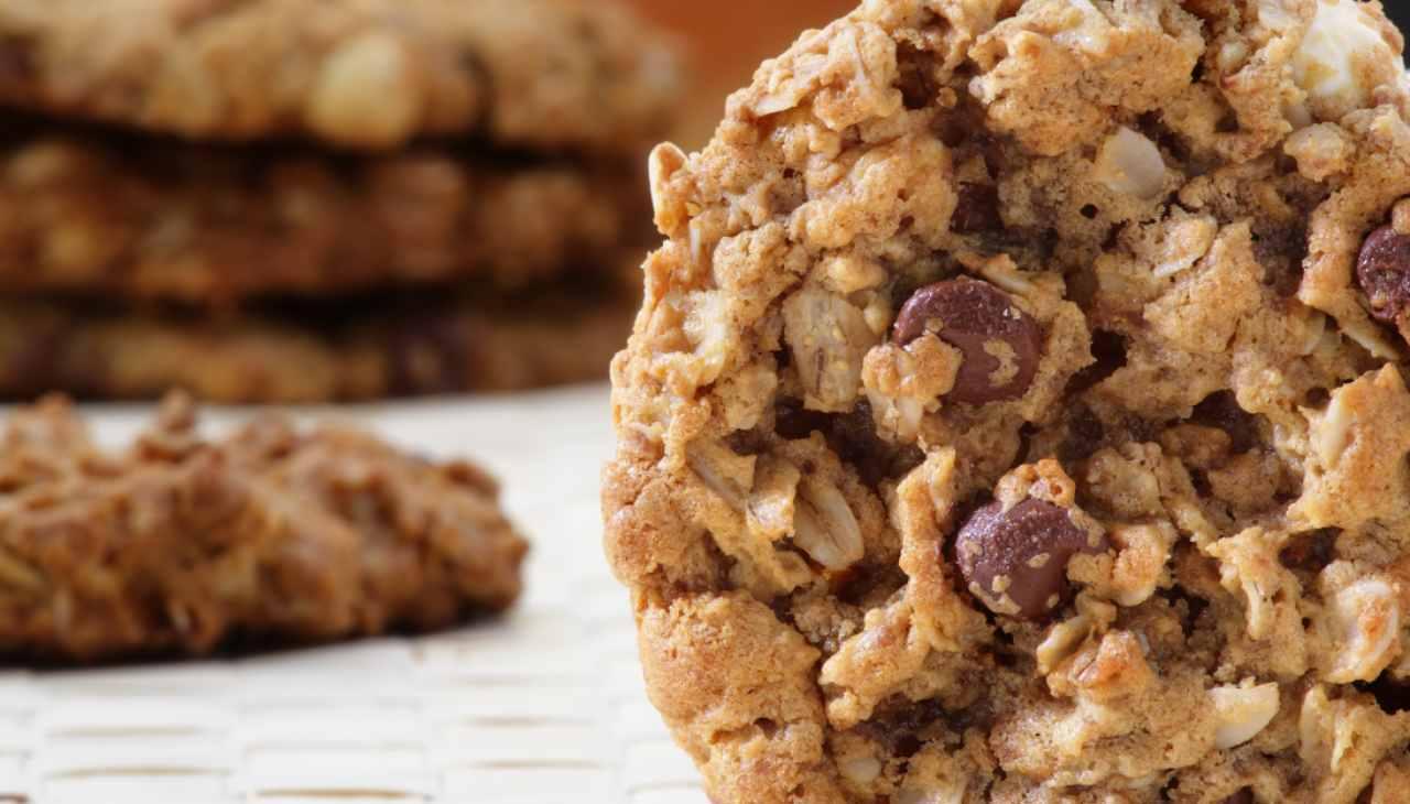 biscotti dolci secchi
