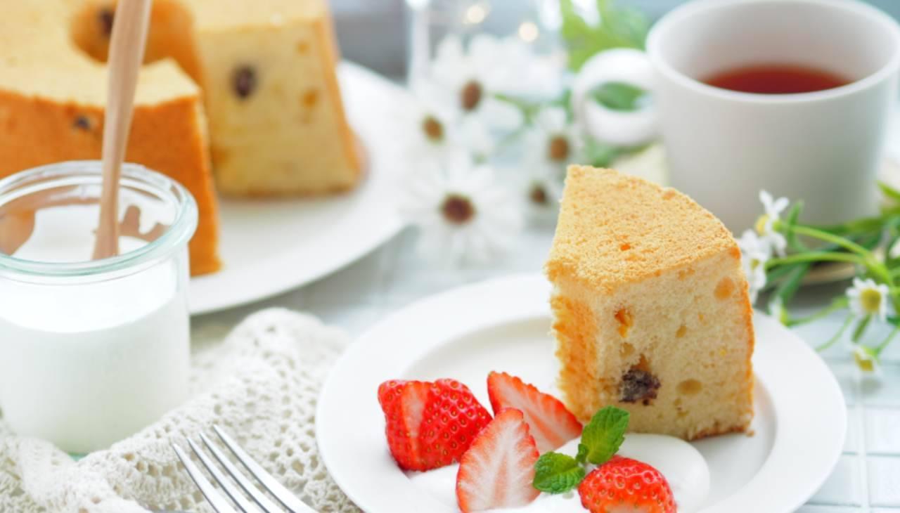 Chiffon cake con fragole - ricettasprint
