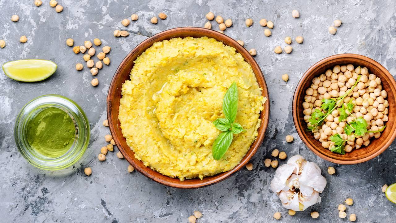 Hummus di ceci e curcuma